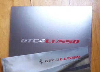 FERRARI GTC4 LUSSO – Brochure